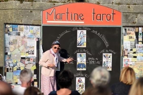 Martine Tarot, voyante des territoires